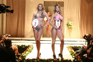 Miss Hungary - Gregori Dóra Fürdőruhában