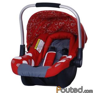 A gyerekülés a gyerek biztonságát szolgálja