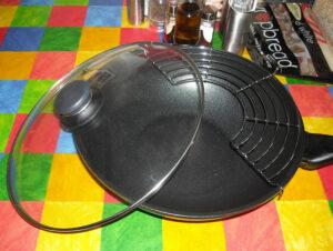 Valódi öntöttvas wok